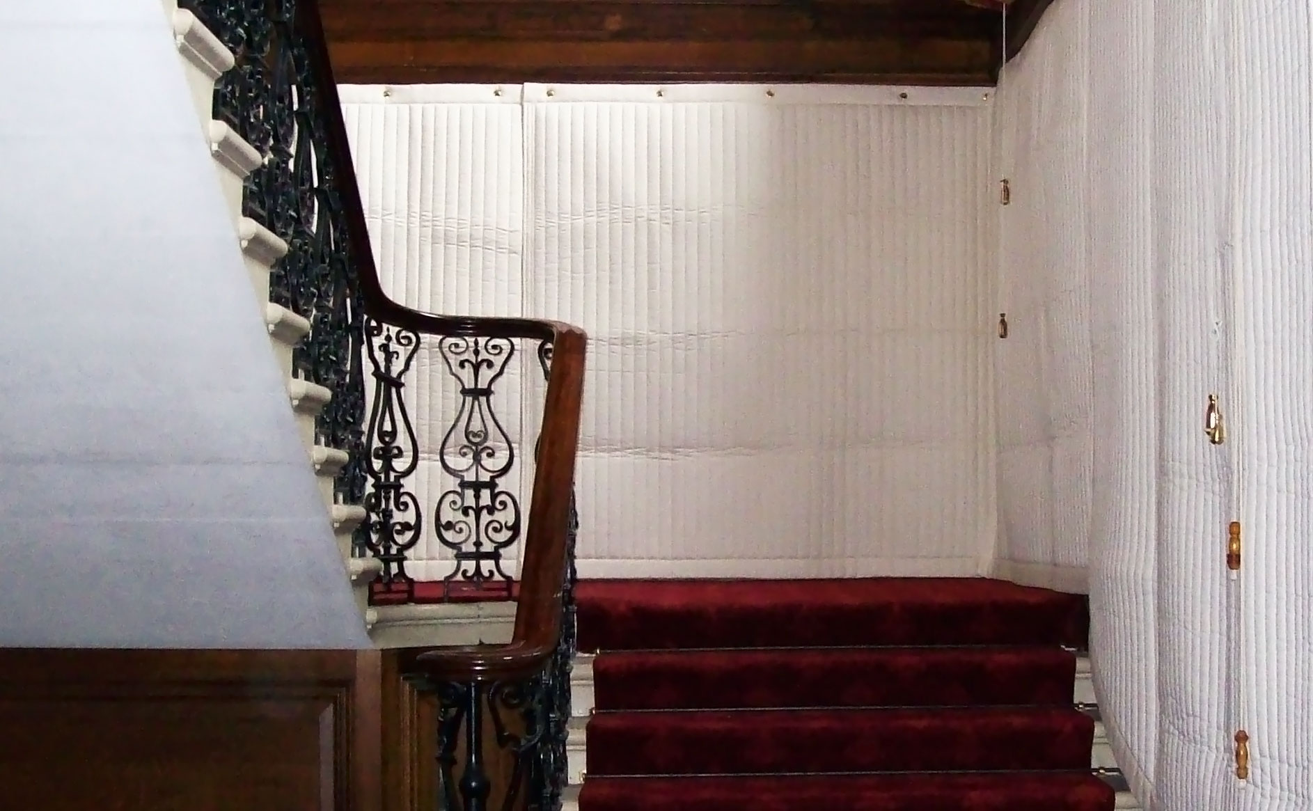 Royal-Household-State-Apts-Stair-case-crop3.jpg
